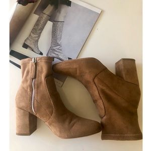 Zara/Suede Boots/Brown